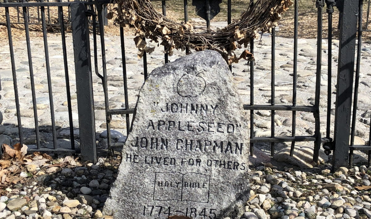 Johnny Appleseed's grave