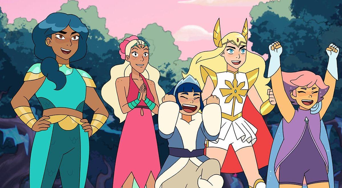 Five heroines posing